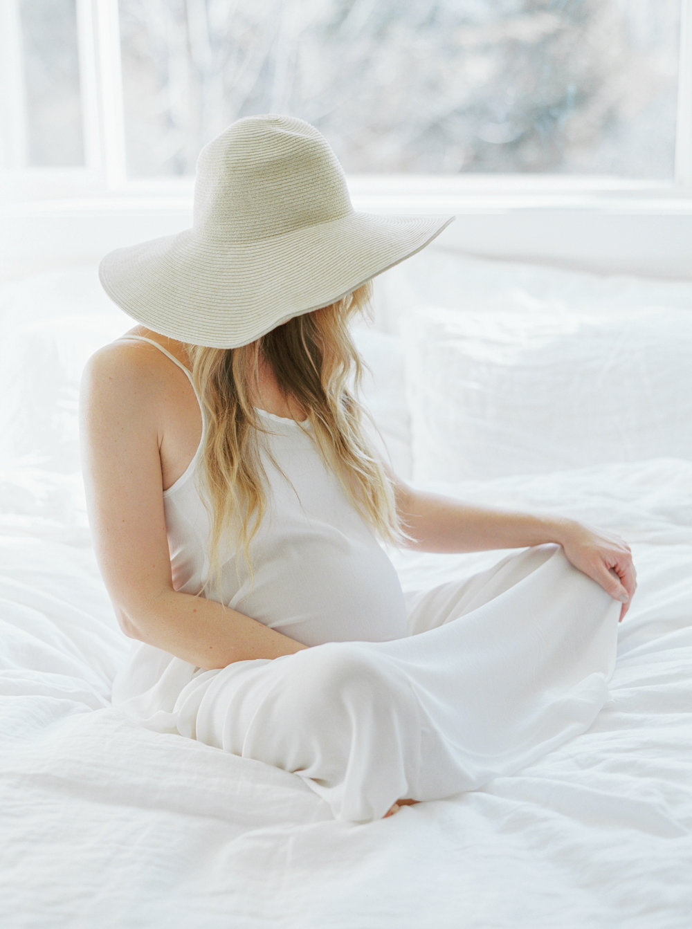 BetsyBlue_Maternity_Allie129.jpg