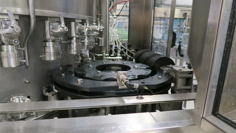 Can Filler Seamer Filling Systems ISO-C 30-4, pic 20.jpg
