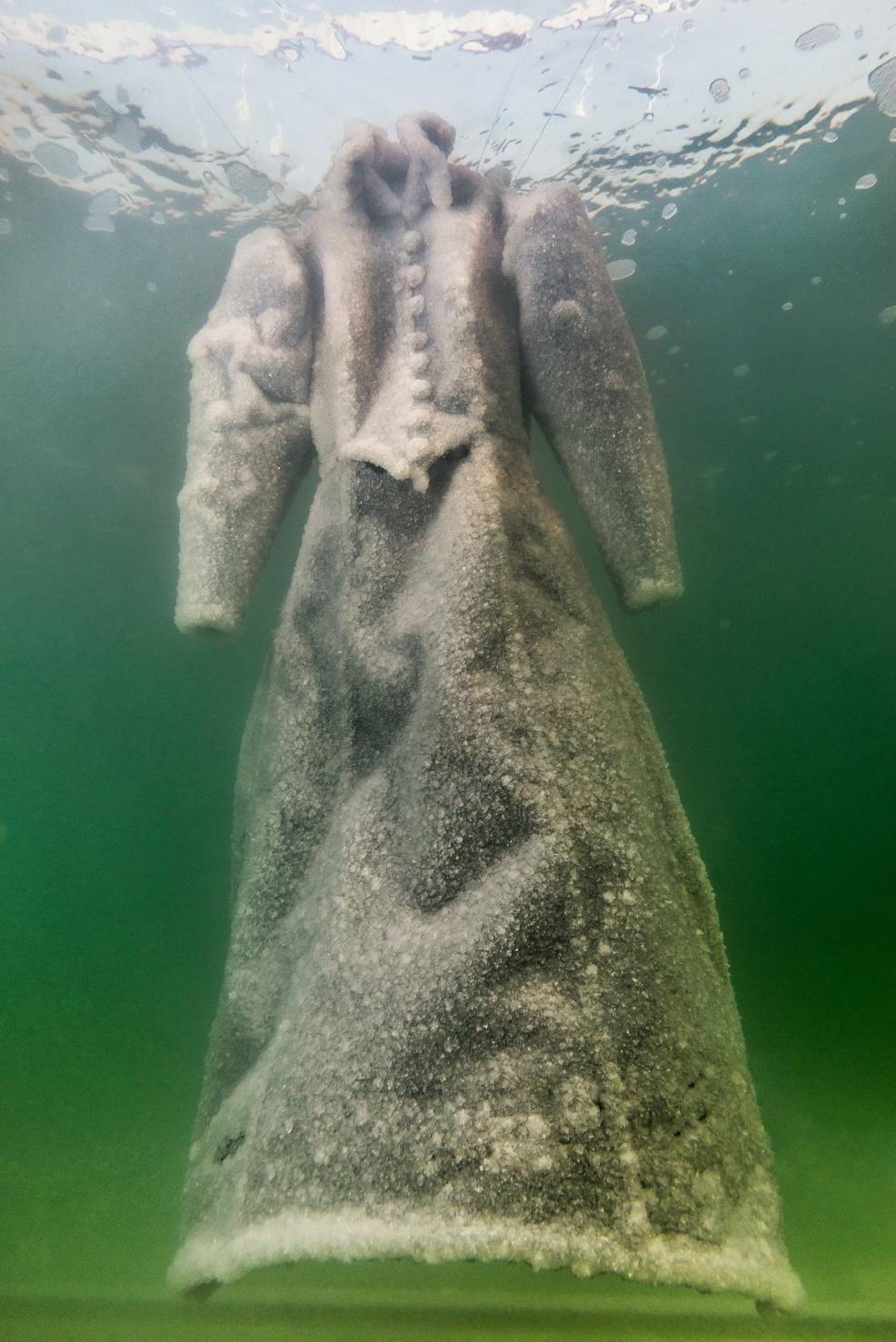 Sigalit Landau, Salt Crystal Bridal Gown
