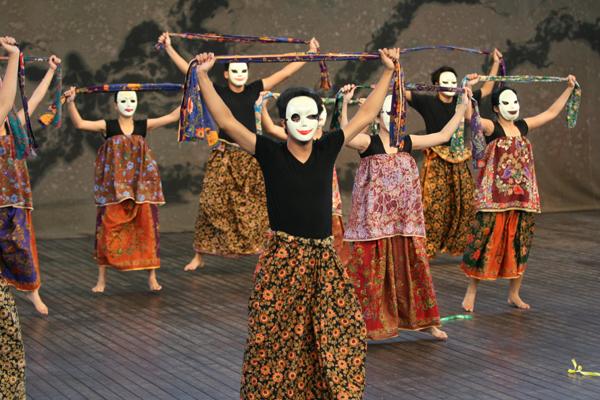 Malajzia - Persatuan Mahasiswa Aktif Seni (PRISMASENI)