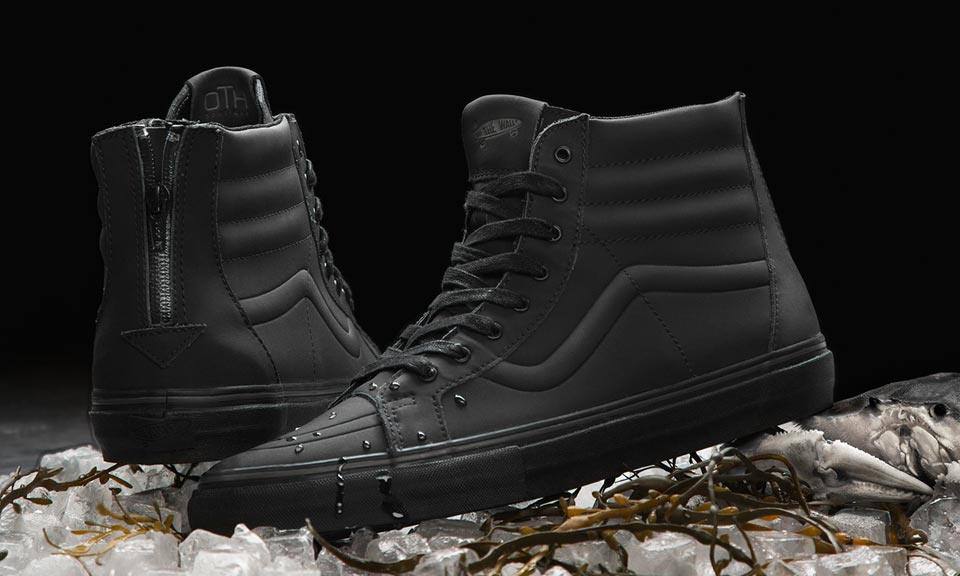 vans-x-off-the-hook-x-chuck-hughes-black-crab-00.jpg