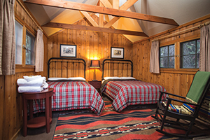 KC-Grant_Grove-Camp_Cabin_Interior300x200.jpg