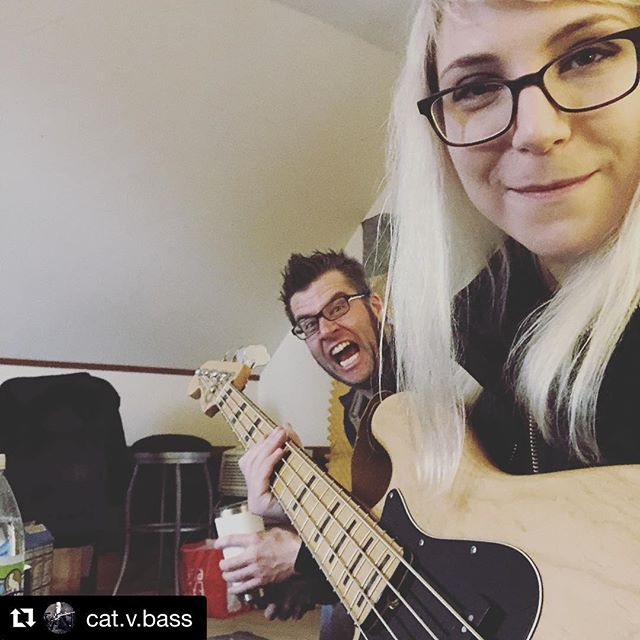 #Repost @cat.v.bass with @get_repost ・・・ Don's a goof #bandhangs #recordingtoday #jazzbass @salemwolves