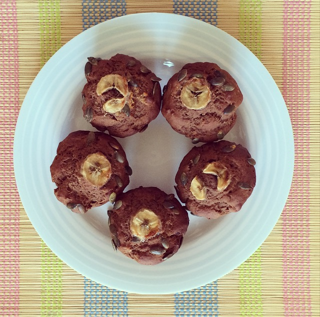 low-fodmap-banana-chocolate-bread-muffins