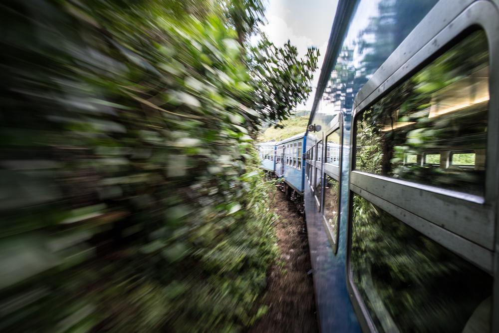 StefanZieglerPhotograpy_Sri Lankan Trains-5.png