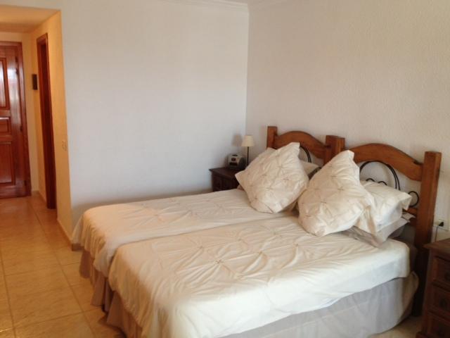 168 twin beds.jpg