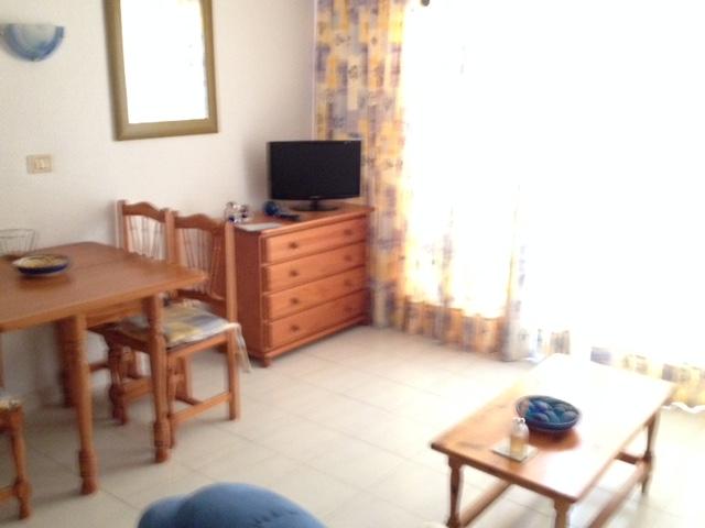 136 lounge 1.jpg
