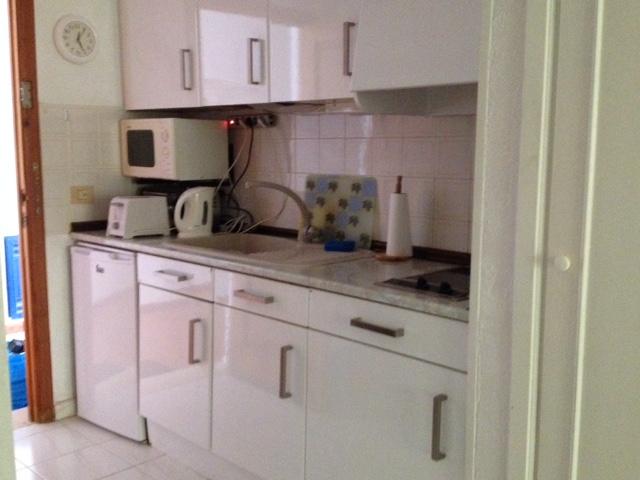 136 new kitchen.jpg