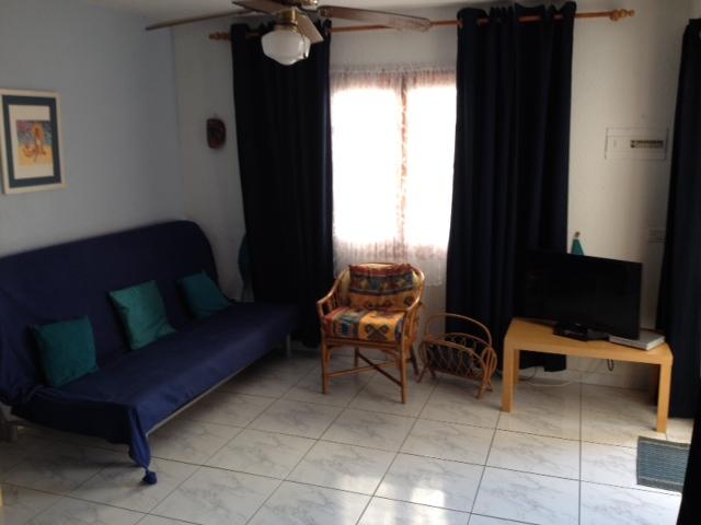 263 lounge.jpg