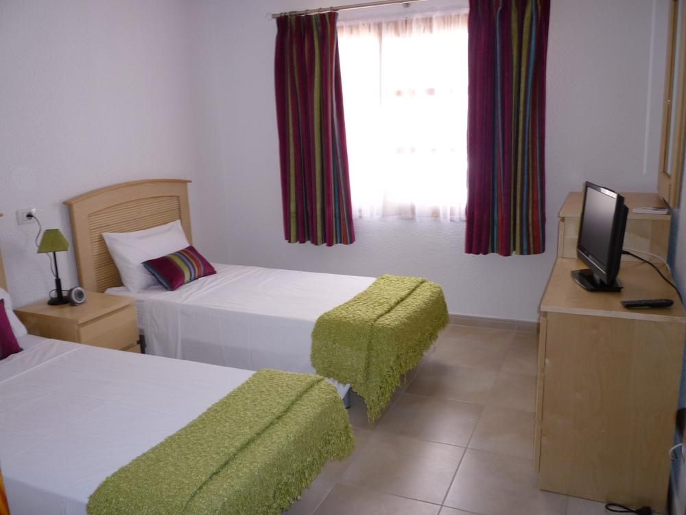 PR4  Twin Bedroom.JPG