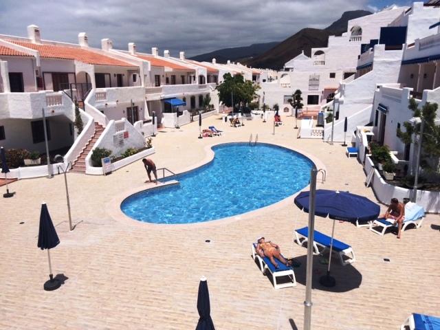 new pool1.jpg