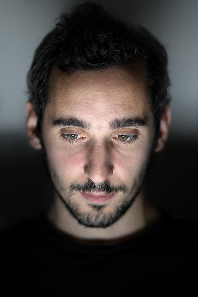 JulienMauve-LonelyWindow-1.jpg