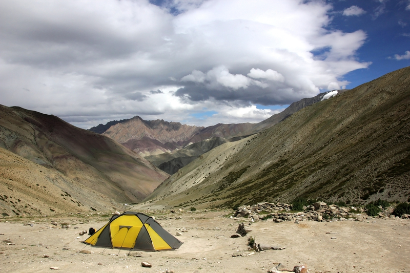 Camping In Hemis is a common option but be prepared for the elements.  Image:  Tichonj Dreamstime.com