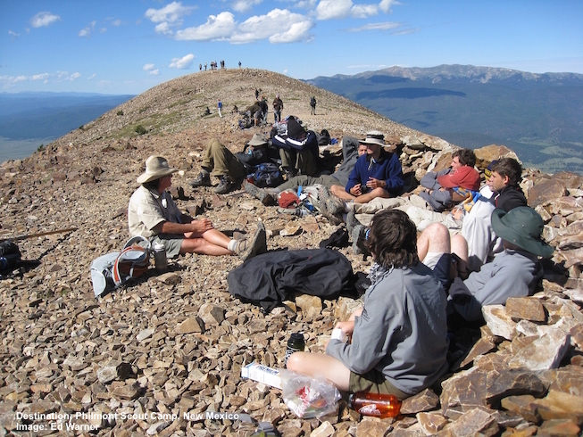 ON BALDY MOUNTAIN FOR A GEOLOGY LESSON WITH A GROUP OF BOY SCOUTS..  PHILMONT SCOUT RANCH, CIMARRON, NEW MEXICO.  IMAGE: ED WARNER.