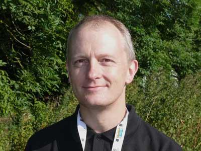 Expert Birder, Peter Scholes