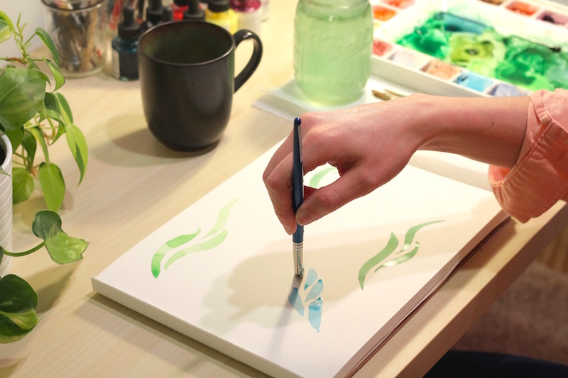 learn to paint using watercolors