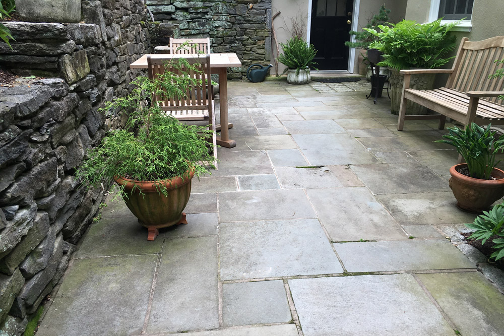 entryway-flagstone-patio-hardscaping.jpg