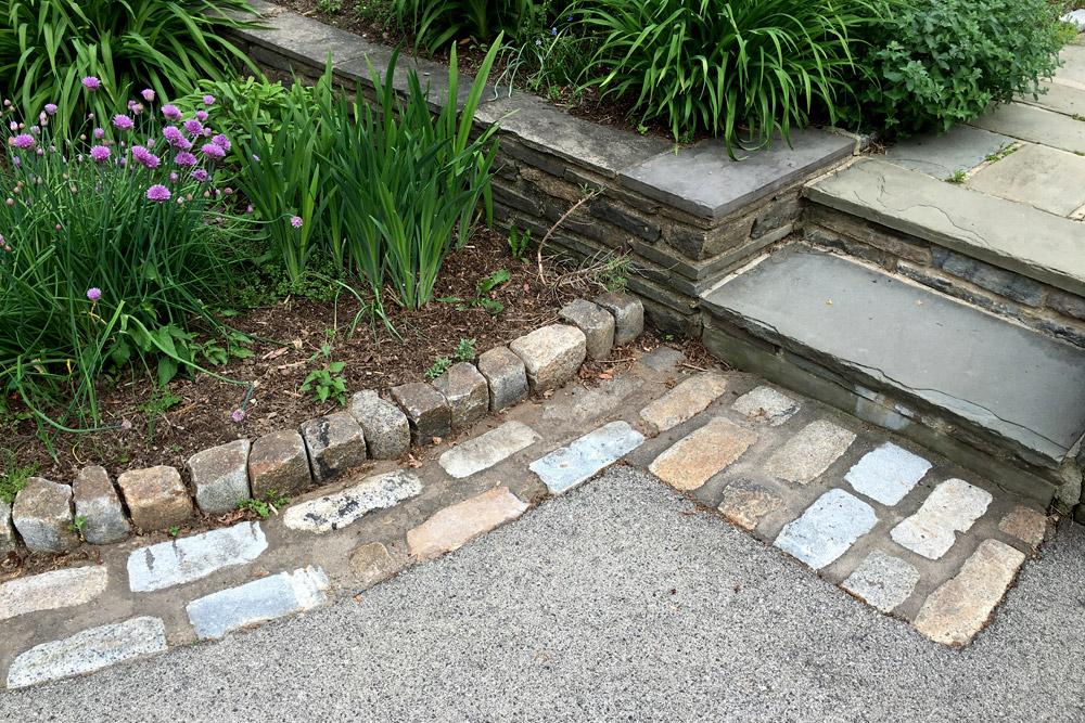 hardscape-cobblestone-pathway-landscaping.jpg