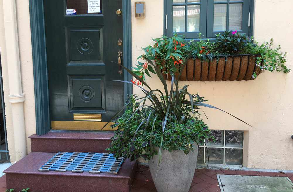 windowbox-philadelphia-landscaping.jpg