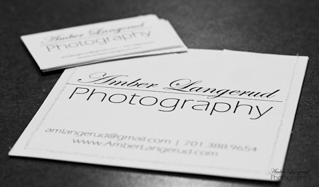 Detroit Lakes, Fargo/Moorhead Photographer. family pictures, Engagement pictures, Outdoor couple photography, farm photography  Portrait Photography.  Senior Pictures. Beauty style portraits.   Look great in your pictures. CD Packaging