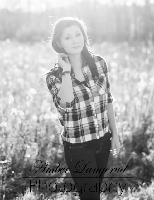 Fall Styled High School Senior Pictures | Detroit Lakes, Fargo/Moorhead Photographer