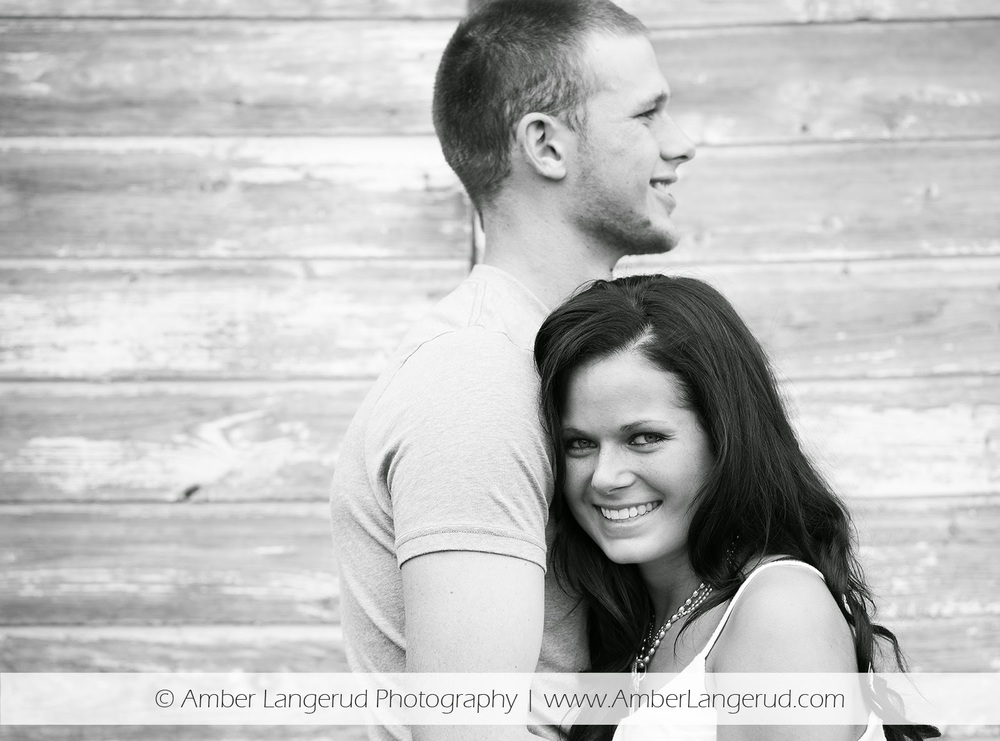 Outdoor Country Engagement Pictures | Detroit Lakes Area Photographer |