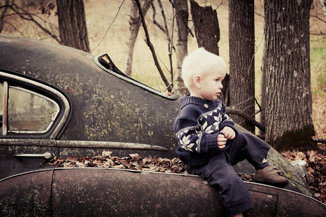 Family Photos with Vintage Car | Detroit Lakes Family Photographer | Outdoor Family Photos