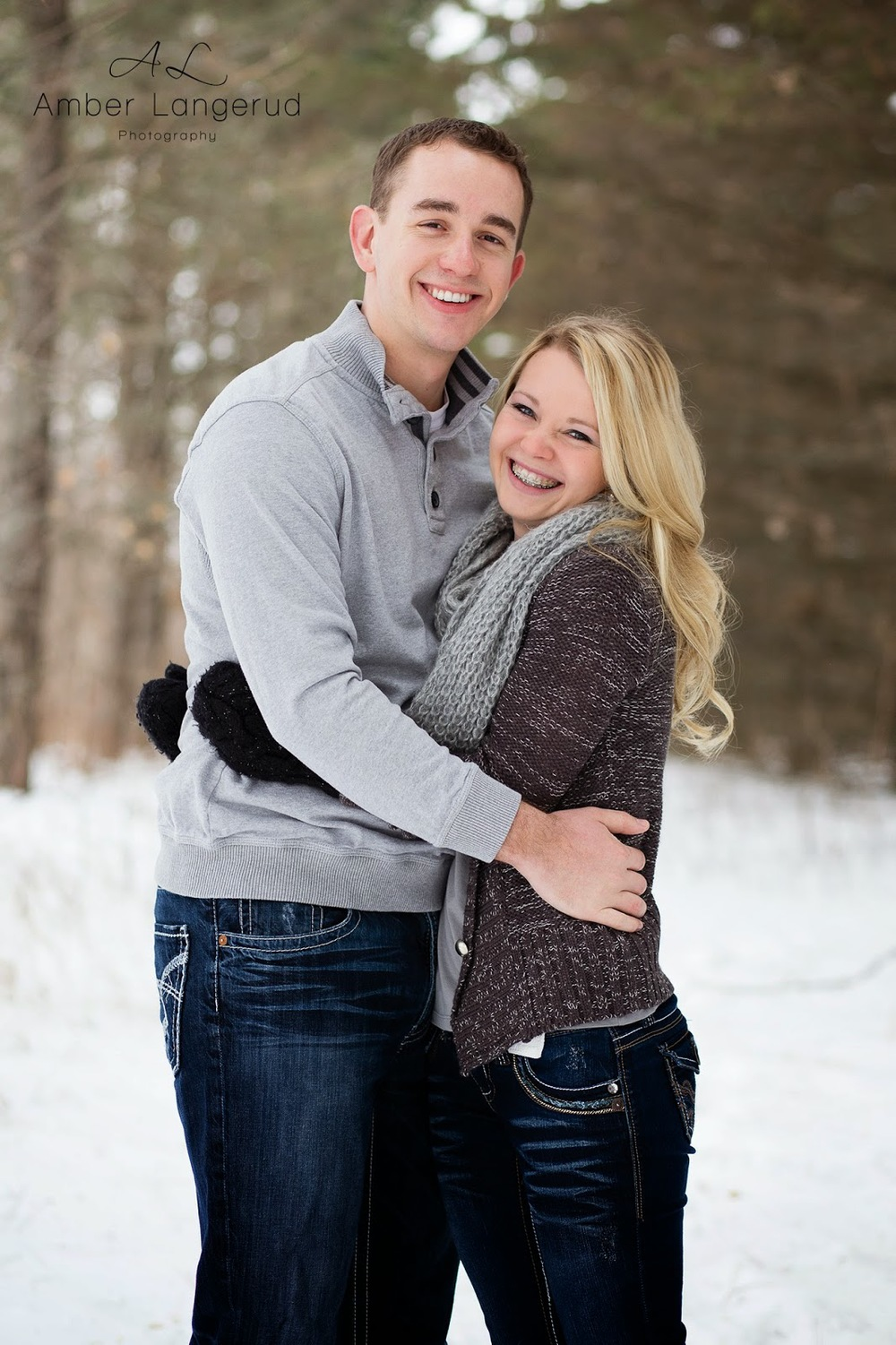 Winter Couple Portraits | Detroit Lakes, Fargo/Moorhead Area Photographer | Amber Langerud Photography