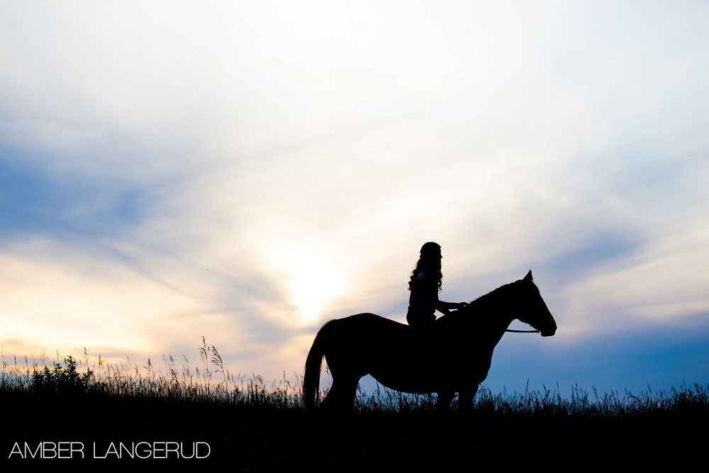 Country Styled Photoshoot | Frazee, MN High School Senior