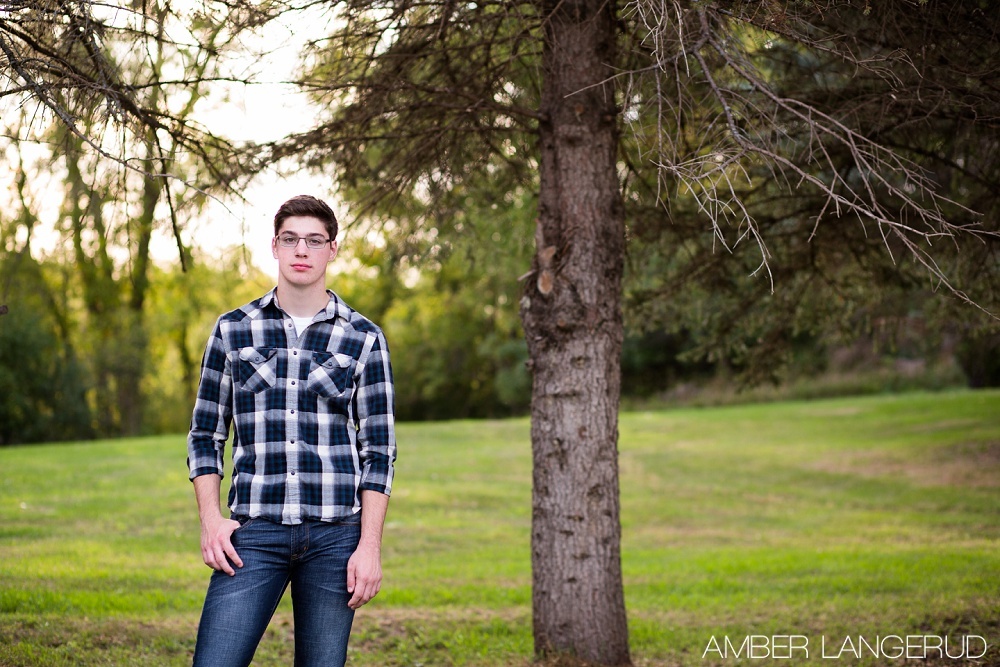 Country Styled Guy Senior Pictures | Detroit Lakes Area Senior Photographer