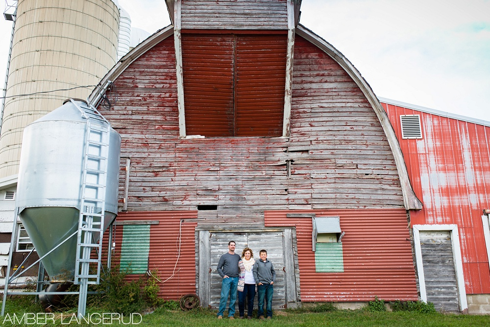 Fall, Farm Styled Family Photos | Frazee Family