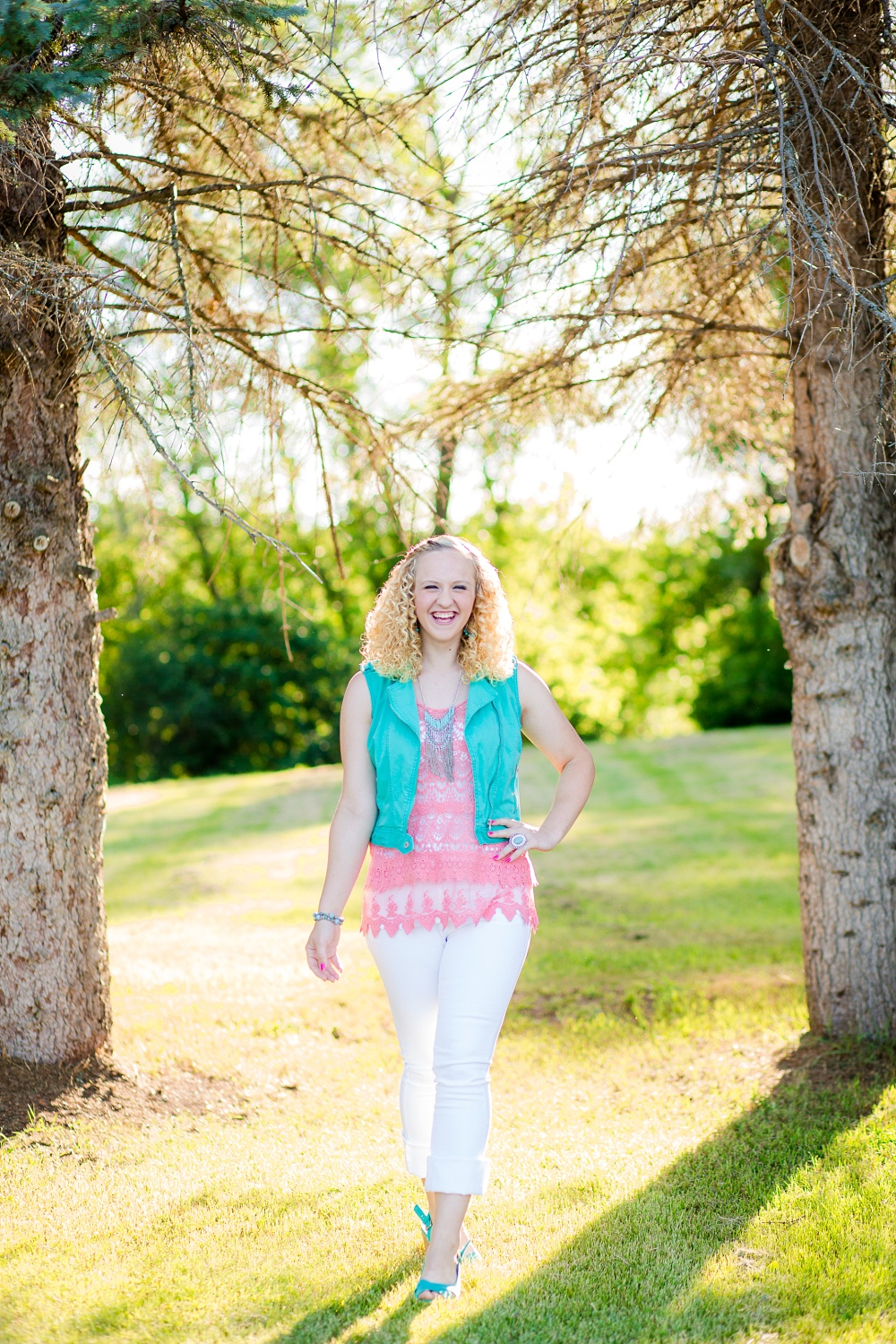 Outdoor, Country Styled High School Senior Pictures by Amber Langerud Photography | Audubon, MN | HS senior walking photo