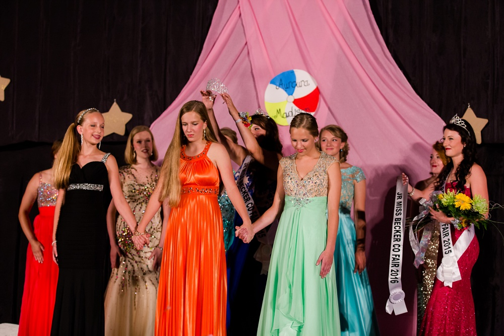 Miss Becker County Fair 2016 | Crowing the Jr Miss