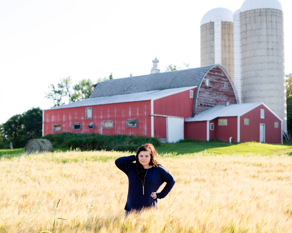 Summertime, Country Styled High School Senor Portraits near Audubon, MN | Tegan