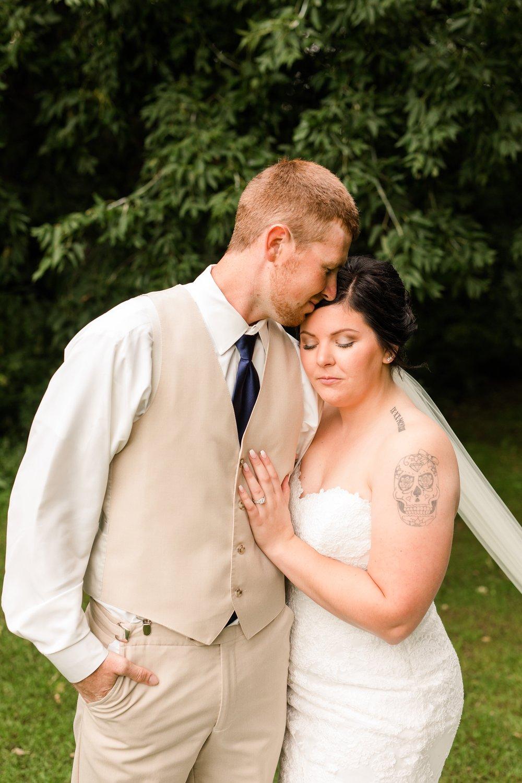 Minnesota Barn Wedding and Outdoor Ceremony at Milts Barn_0291.jpg