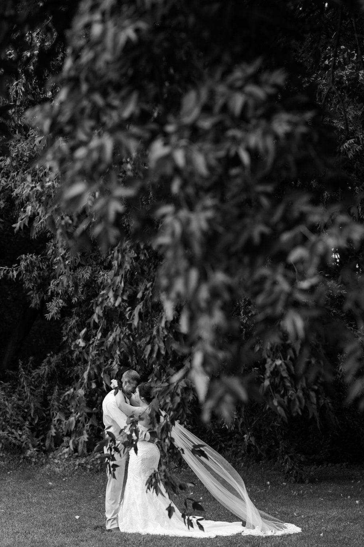 Minnesota Barn Wedding and Outdoor Ceremony at Milts Barn_0298.jpg