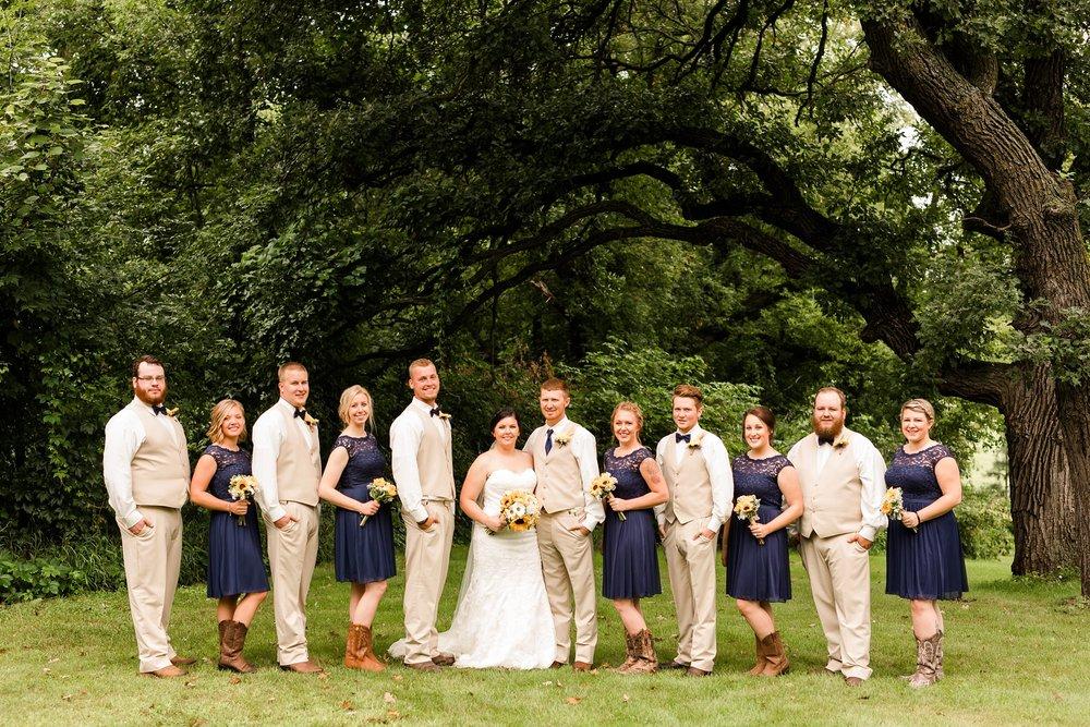 Minnesota Barn Wedding and Outdoor Ceremony at Milts Barn_0310.jpg