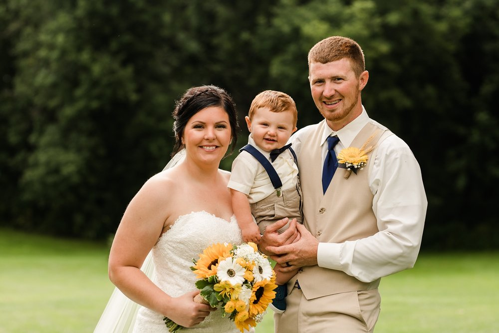 Minnesota Barn Wedding and Outdoor Ceremony at Milts Barn_0322.jpg