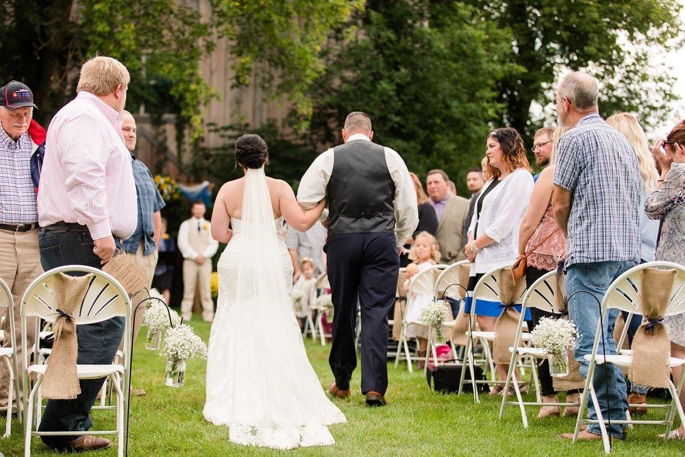 Minnesota Barn Wedding and Outdoor Ceremony at Milts Barn_0328.jpg