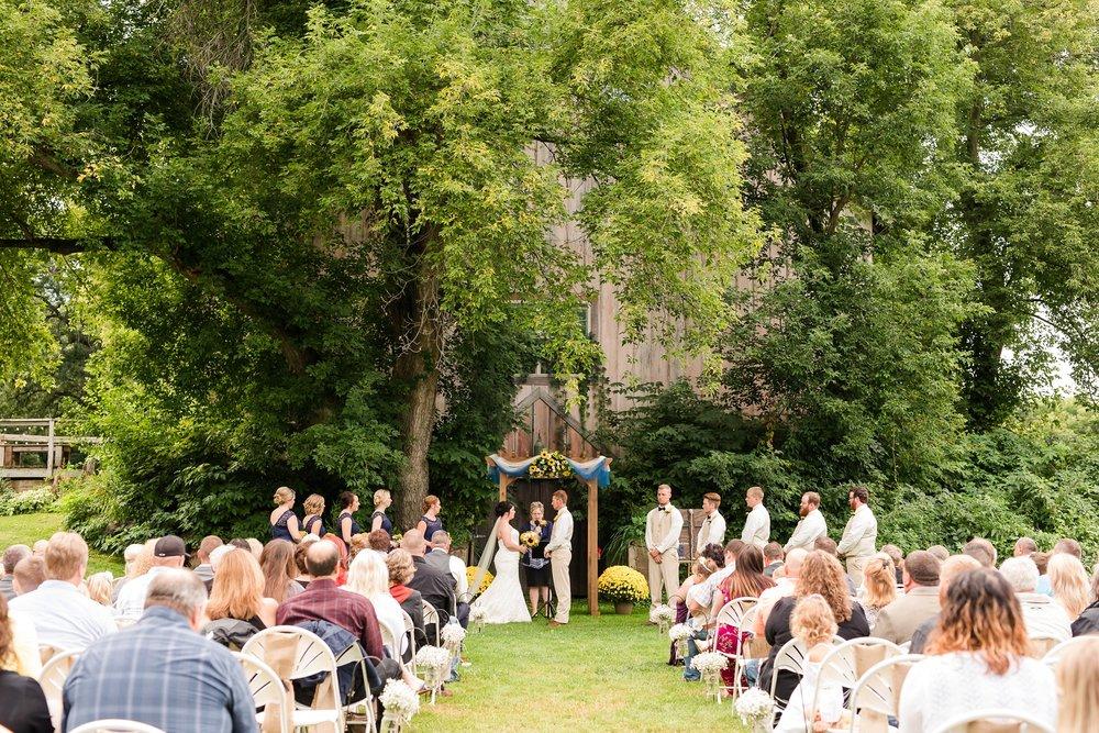 Minnesota Barn Wedding and Outdoor Ceremony at Milts Barn_0332.jpg