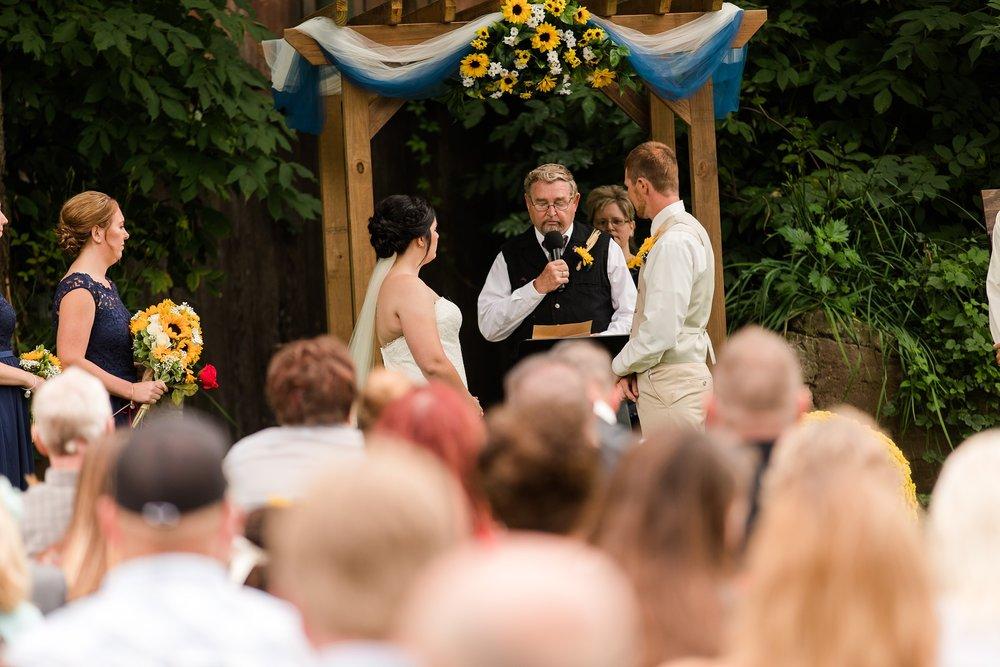 Minnesota Barn Wedding and Outdoor Ceremony at Milts Barn_0336.jpg