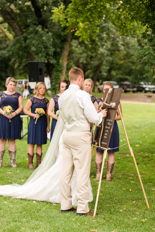 Minnesota Barn Wedding and Outdoor Ceremony at Milts Barn_0337.jpg