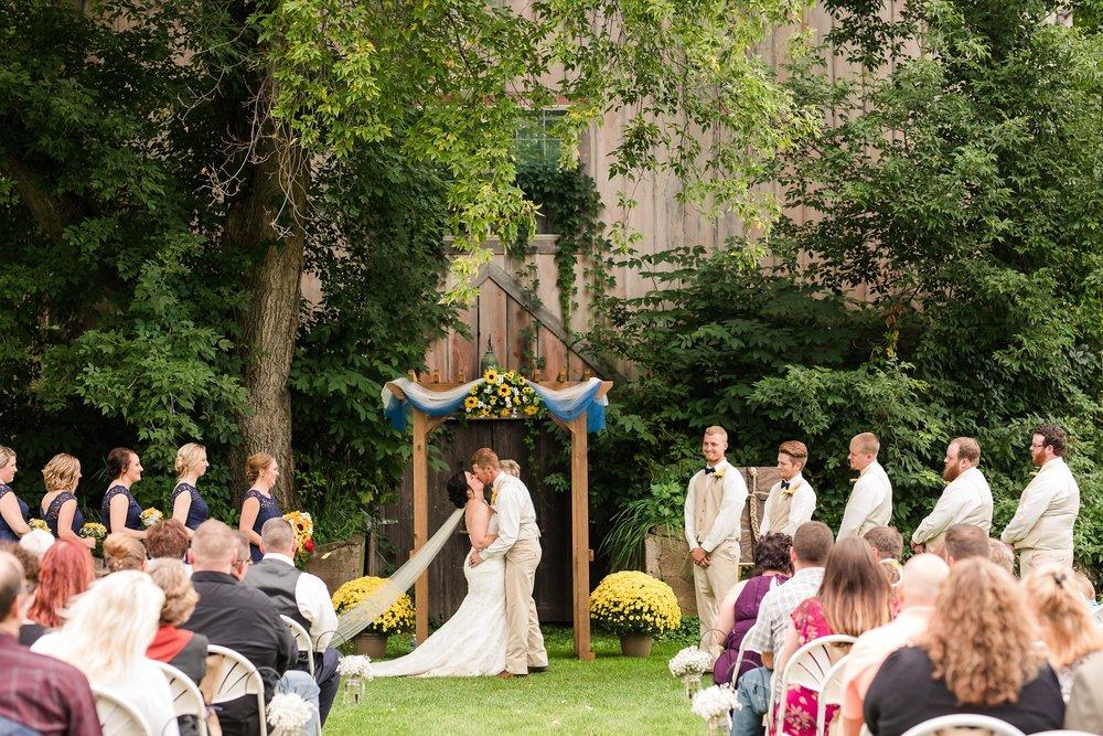 Minnesota Barn Wedding and Outdoor Ceremony at Milts Barn_0338.jpg