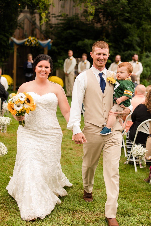 Minnesota Barn Wedding and Outdoor Ceremony at Milts Barn_0339.jpg