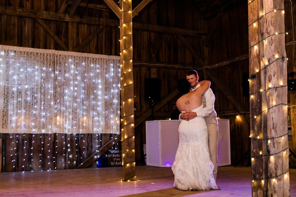 Minnesota Barn Wedding and Outdoor Ceremony at Milts Barn_0356.jpg