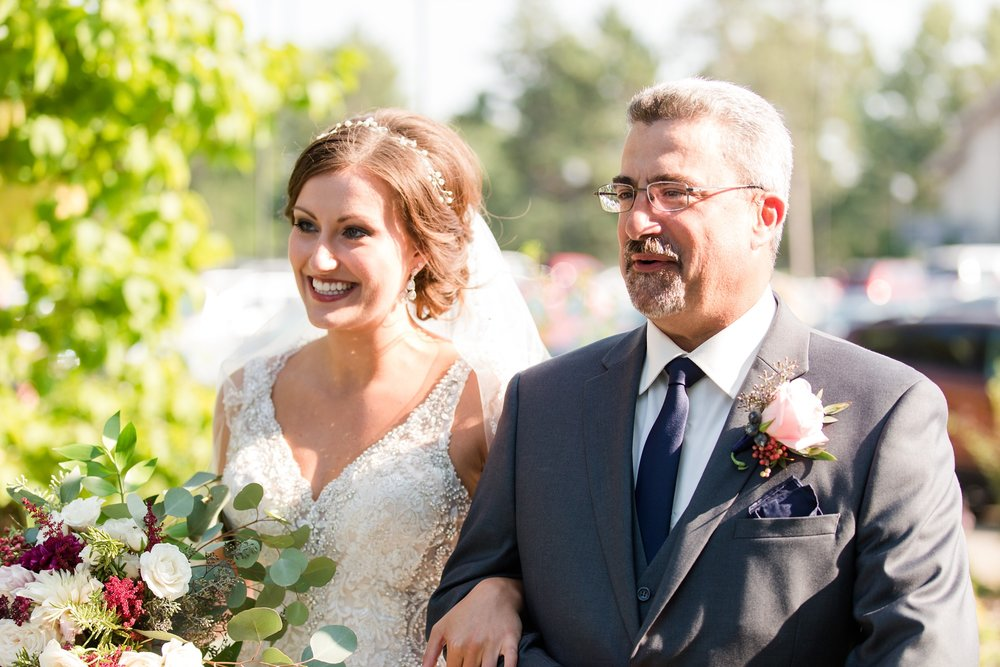 AmberLangerudPhotography_Perham Lakeside Golf Course Wedding_2857.jpg