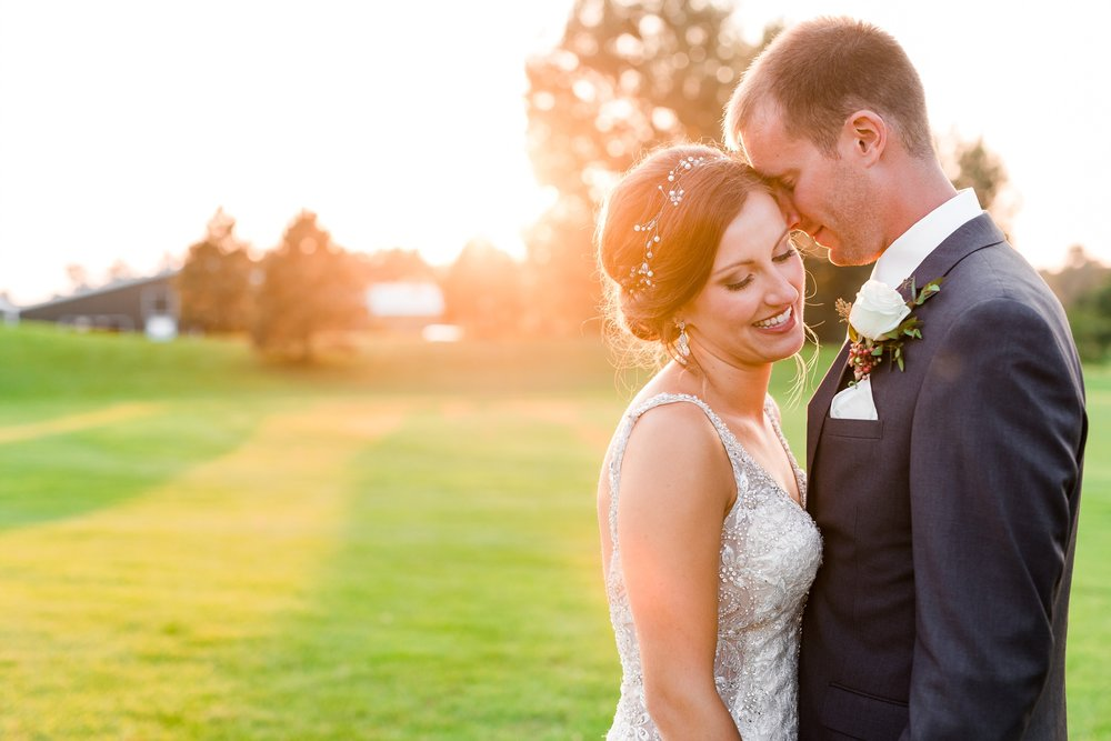 AmberLangerudPhotography_Perham Lakeside Golf Course Wedding_2891.jpg