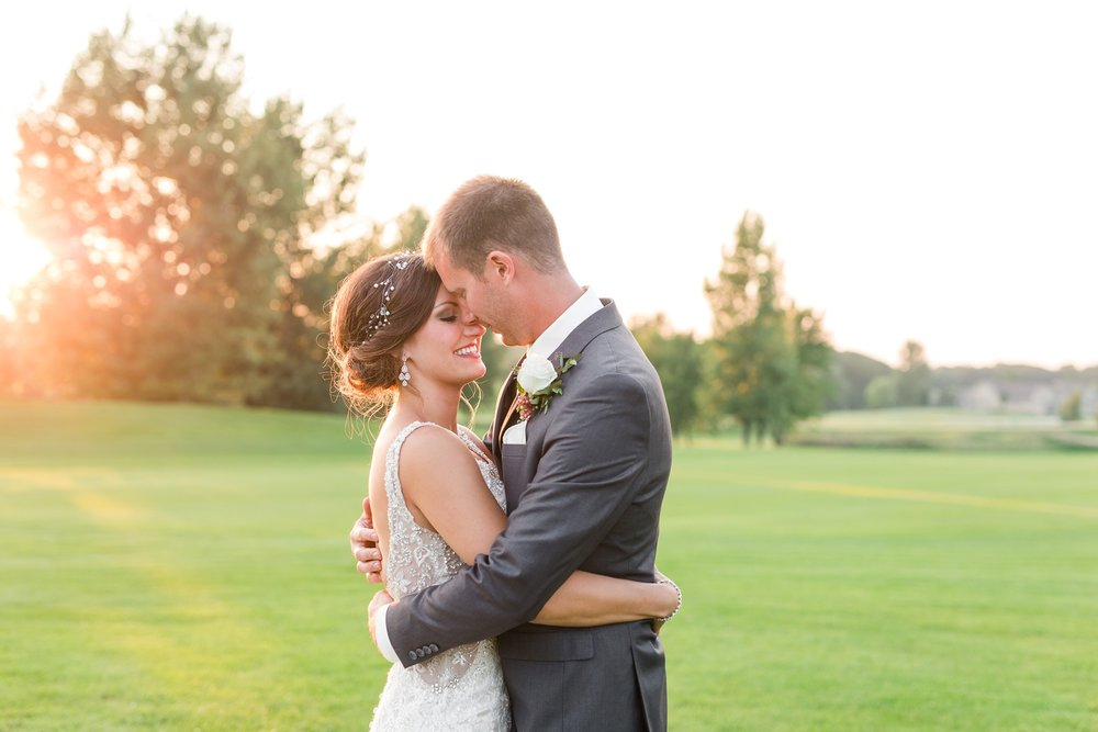 AmberLangerudPhotography_Perham Lakeside Golf Course Wedding_2894.jpg