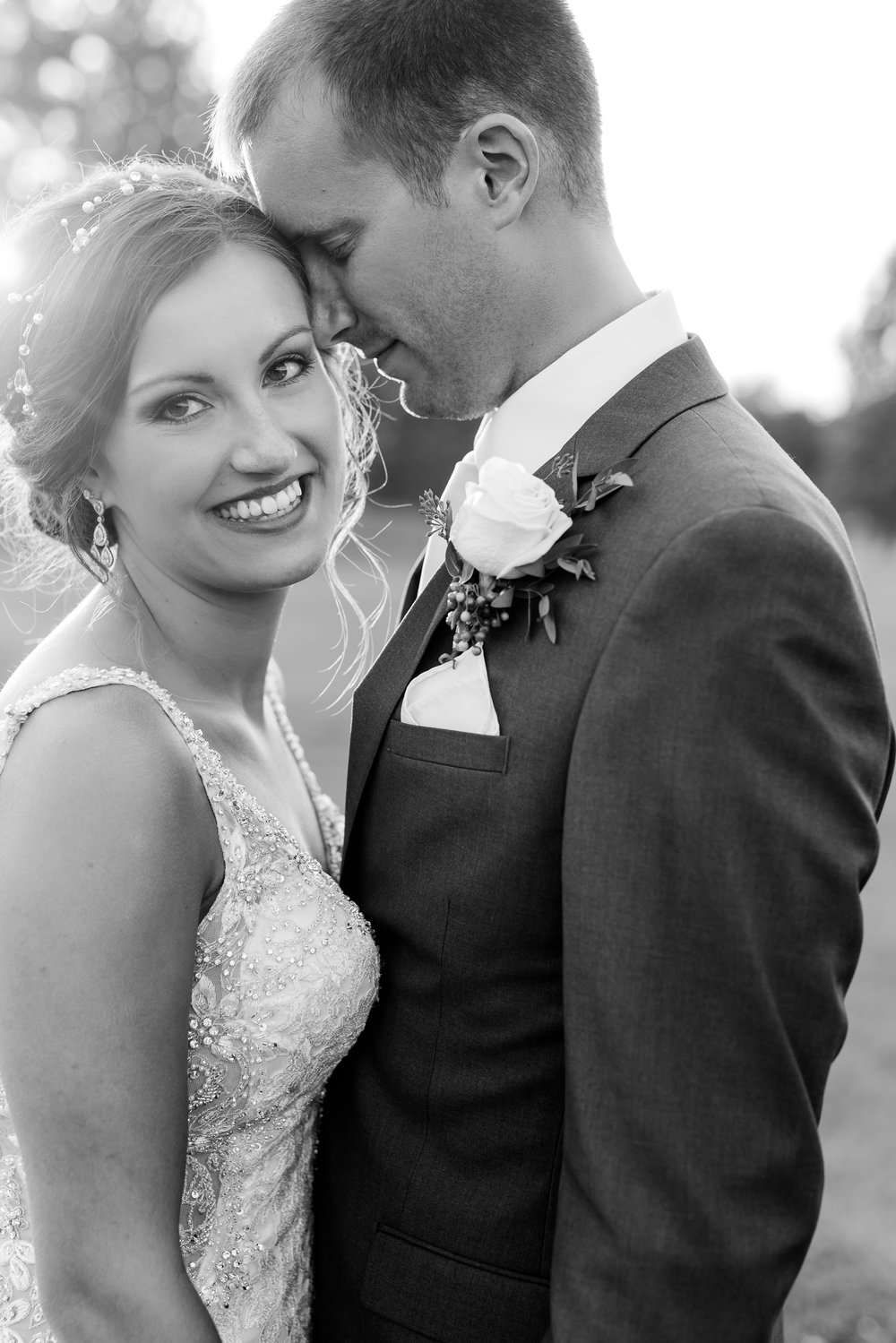 AmberLangerudPhotography_Perham Lakeside Golf Course Wedding_2892.jpg