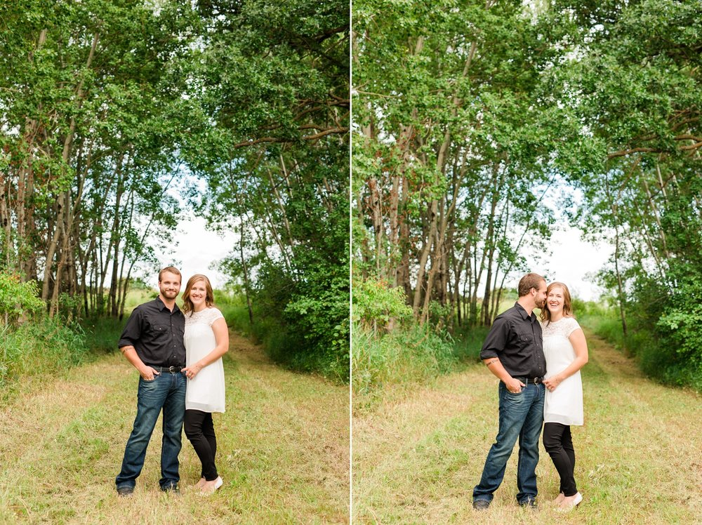 AmberLangerudPhotography_Countryside Engagement Session in Minnesota_3083.jpg